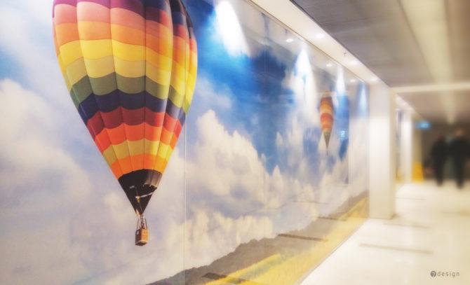 עיצוב גרפי לקירות מסדרונות השירות